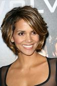 Halle Berry at the Industry Screening of 'X-Men Origins Wolverine'. Grauman's Chinese Theater, Holly