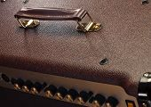 handle of guitar amp