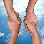 3Helping Hands