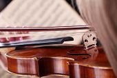 Close up von Notizen, Haar und Violine
