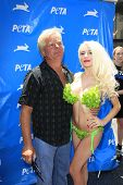 LOS ANGELES - JUL 31:  Alex Stodden, Courtney Stodden at the PETA Pink's Veggie Hot Dog Event at the Hollywood & Highland on July 31, 2013 in Los Angeles, CA