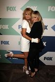 SLOS Ángeles - 1 de AUG: Paulina Rubio, Demi Lovato llega a la fiesta de TCA Fox All-Star verano 2013
