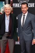 LOS ANGELES - JUL 16:  Hal Holbrook, Dane Cook at the