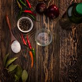 foto of bay leaf  - Spices on wooden table - JPG
