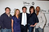 LOS ANGELES, CA - 1 AUG: Nate Torrence, Andrea Anders, Matthew Perry, Allison Janney, & Nate Torren