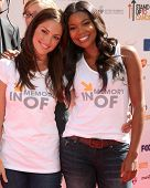 LOS ANGELES - SEP 10:  Minka Kelly, Gabrielle Union arrives at the