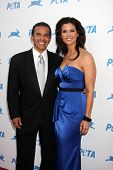 LOS ANGELES - SEP 25:  Antonio Villaraigosa, Lu Parker  arrives at the PETA 30th Anniversary Gala at