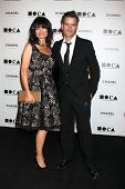 LOS ANGELES - 13 de NOV: Rosetta Getty; Balthazar Getty chegam ao baile anual de Gala do MOCA