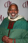 LOS ANGELES - 20 de FEB: Padre J Glenn Murray llega a los católicos de 2011 en los medios de comunicación asociados