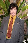 LOS ANGELES - 20 de FEB: Ronn Moss llega a los católicos de 2011 en Media Associates Premio Brunch en