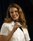 LOS ANGELES - FEB 7:  Lana Del Rey at a performance and CD signing for her album 'Born To Die' at Am
