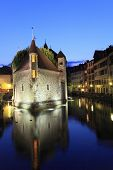 foto of annecy  - Annecy old town and canal at night - JPG