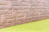 Lawn Stone Wal