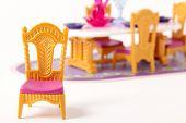 Mobiliário de casa de bonecas