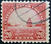 USA - CIRCA 1922: A stamp printed in USA shows Golden Gate in San Fracisco circa 1922