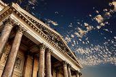 classical pillar, Greek architecture