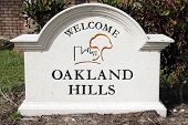 Oakland Hills Welcome Sign