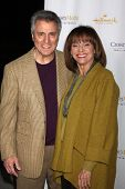 LOS ANGELES - JAN 11: Tony Cacciotti, Valerie Harper at the Hallmark Winter TCA Party at The Hunting