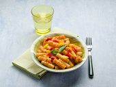 pasta with with tuna pepper and tomatoes sauce
