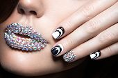 image of long nails  - Beautiful girl with bright nails and lips of crystals - JPG
