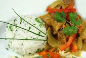 Thai-Curry und Reis