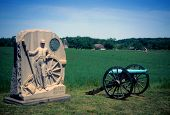 image of yanks  - Napoleon artillery battery and monument near Angle Gettysburg National Historical Battlefield Pennsylvania - JPG