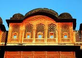 architektonische Detail in Jaipur pink City, Rajasthan, Indien