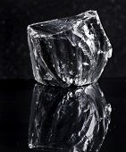 foto of obsidian  - volcanic glass  - JPG