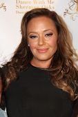 LOS ANGELES - SEP 10:  Leah Remini at the Dance With Me USA Grand Opening at Dance With Me Studio on