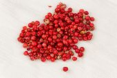 Pink Peppercorns (schinus Terebinthifolius)