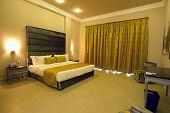 5 stars luxury hotel room