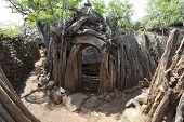 picture of mud-hut  - Traditional Ethiopian village Karat Konso - JPG