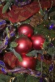 Christmas Tree  Ornaments Red And Purple Theme