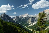 Cortina di A'mpezzo and mountains 1