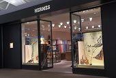 Hermes shop