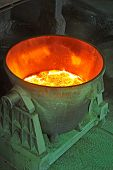 steel bucket to transport the molten metal