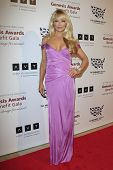 BEVERLY HILLS - Mär 23: Charlotte Ross auf die 2013 Genesis Awards-Benefiz-Gala in der Beverly-Hilto