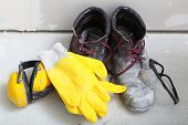 image of work boots  - Renovation at home - JPG