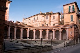 picture of teats  - Piazza episcopate in Chieti where in the past held the fish market - JPG