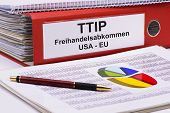 pic of free-trade  - TTIP Transatlantic trade and investment partnership between USA and EU - JPG