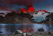 picture of faerie  - Laguna de Los Tres and mount Fitz Roy - JPG
