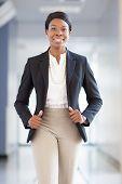 African-American berufstätige Frau