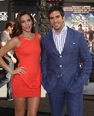LOS ANGELES - JUN 08:  ELI ROTH & DATE arrives to the