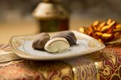 Close of date chocolate - a Ramadan set up