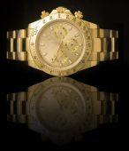 Reloj de oro de lujo