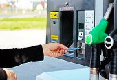 Paying For Gas With A Credit Card