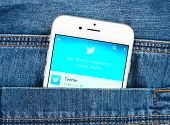 Silver Apple Iphone 6 Displaying Twitter Application
