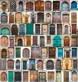 foto of door  - photos of doors and windows of the old districts of Europe - JPG