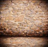 Interior de pedra antiga