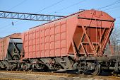 The train transportation of cargoes by rail